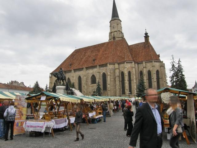 Markt an der Biserca Sfântul Mihail